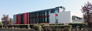 Miguel de Cervantes European University - Image: Nuevo Edificio UEMC