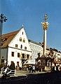 Old Gothic Rathaus and a pillar.jpg