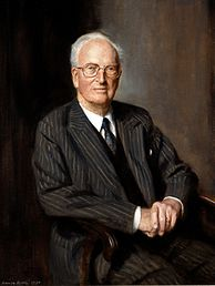 Chancellor from 1965 to 1984 Oliver Franks, Baron Franks Oliver Sherwill Franks 1990.jpg