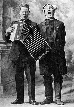 Hjalmar Peterson - L to R: Gustav Nyberg and Olle i Skratthult 1916
