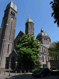 Onze-Lieve-Vrouwekerk (Helmond) P1060806.JPG