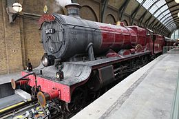 Orlando-hogwarts-express-kings-cross-station.jpg