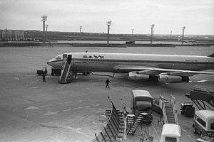 El Al Flight 253 attack - A similar Boeing 707