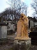 Père Lachaise Cemetery Paris grave statue.jpg
