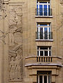 P1240171 Paris XVI rue Molitor N1 bas-relief rwk.jpg