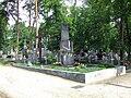 POL Brwinów cemetery2.jpg