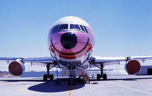 Pacific Southwest Airlines L-1011 N10114 1.jpg