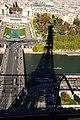 Paris - Eiffelturm Schatten.jpg