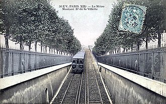 Paris Métro Line 2 - A metro car departing from Jaurès along the Boulevard de la Villette