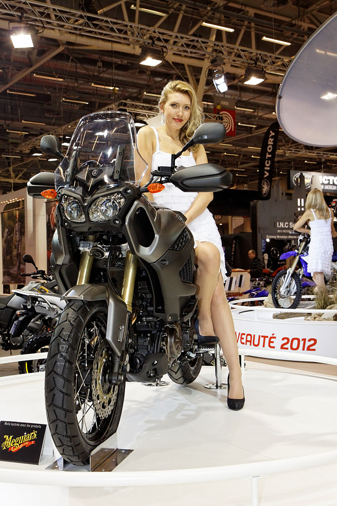 file paris salon de la moto 2011 yamaha xt 1200 z wikimedia commons. Black Bedroom Furniture Sets. Home Design Ideas