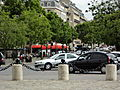 Paris Place Charles-de-Gaulle median island towards Iena 01.jpg