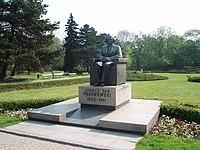 Park Ujazdowski - panoramio (1).jpg