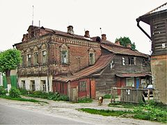 Pavlovsky posad typical house.JPG
