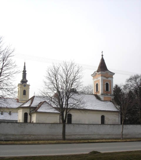 Perlez, Catholic Church