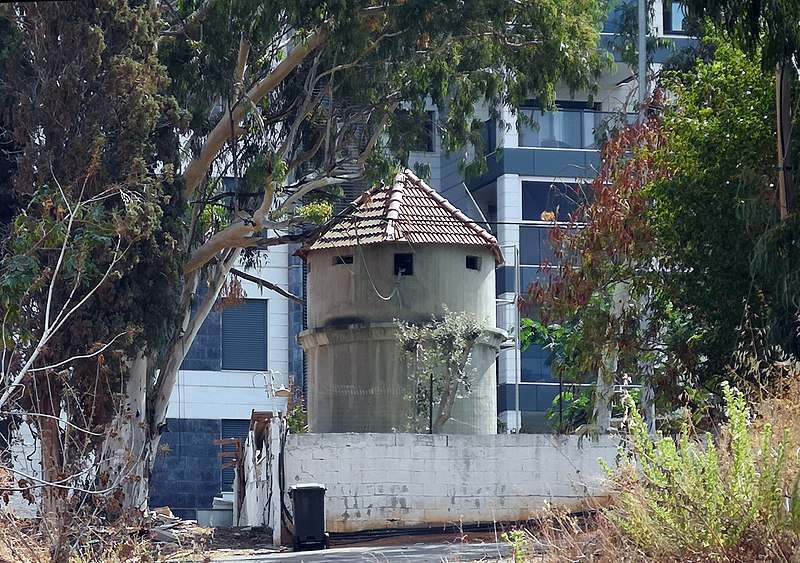 מגדל המים והתצפית בנחלת יהודה