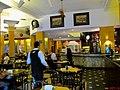 Pinguim, um dos restaurantes mais badalados de Ribeirão Preto, famoso pelo seu chopp. O local com pé direito alto, cores aconchegantes, lustres personalizados e o piso xadrez, em preto e branco, são algu - panoramio.jpg