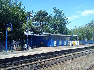 Warwick railway station - Image: Platform 2 Warwick Railway Station