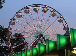 Playland Gondola Wheel.jpg