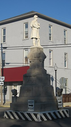 Pleasant Hill's Civil War monument