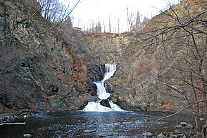 Poesten Kill - Image: Poesten Kill Downstream Falls