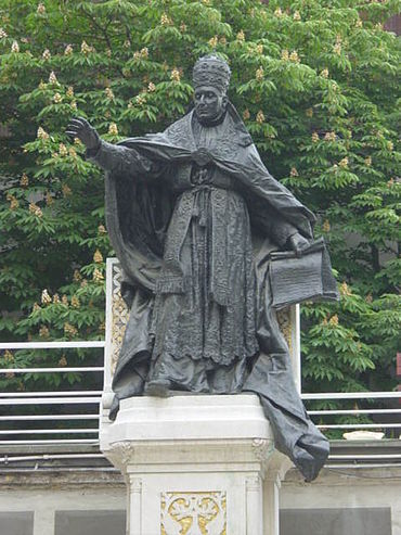 Statue of Benedict XV in the courtyard of St. Esprit Cathedral, Istanbul Pope Benedict XV statue.jpg