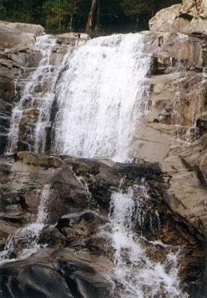 The Popinolashki waterfall