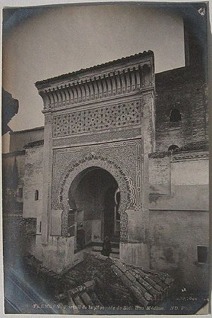 Abu Madyan - Entrance to Sidi Bou Médine mosque, c. 1900
