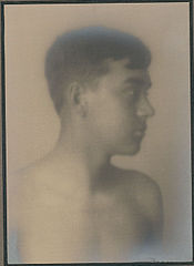 Portrait of Hawaiian boy (profile) 1909.jpg
