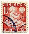Postzegel 1930 voor het kind 1 1-2 cent.jpg