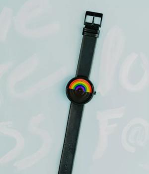 Pride-watch-view-4.webp