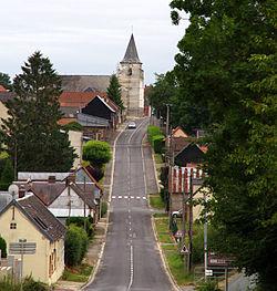 Puchevillers route principale 1a •K5•.jpg