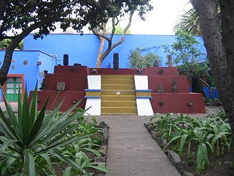 PyramidCasaAzul.JPG