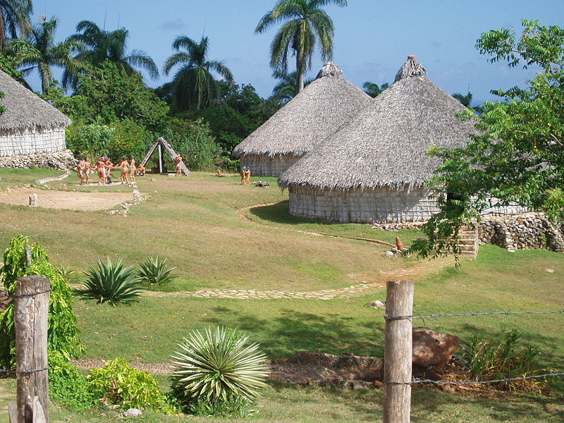Archivo:Reconstruction of Taino village, Cuba.JPG