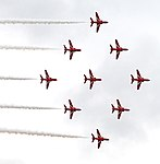Red Arrows Diamond 9 (18859087422).jpg