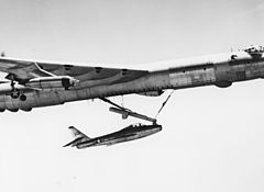 Republic YF-84F inflight docking.jpg