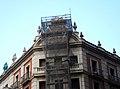 Retirada de l'escut franquista de l'edifici del Govern militar de València.JPG