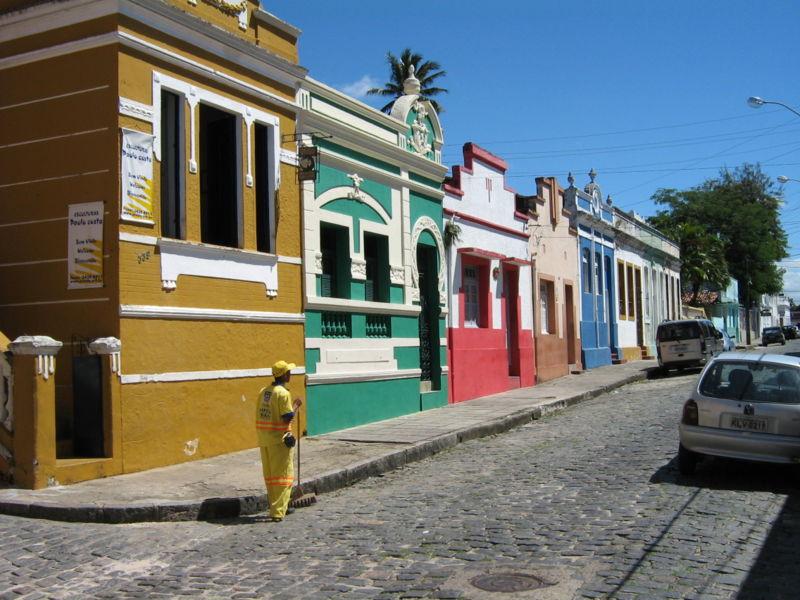 Ficheiro:Rua Prudente de Morais Olinda.jpg