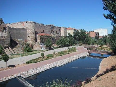 RuinasAlcazarGuadalajara2006