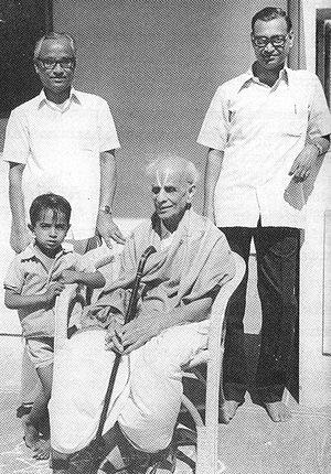 S. R. Ramaswamy - S. R. Ramaswamy with Rallapalli Ananta Krishna Sharma