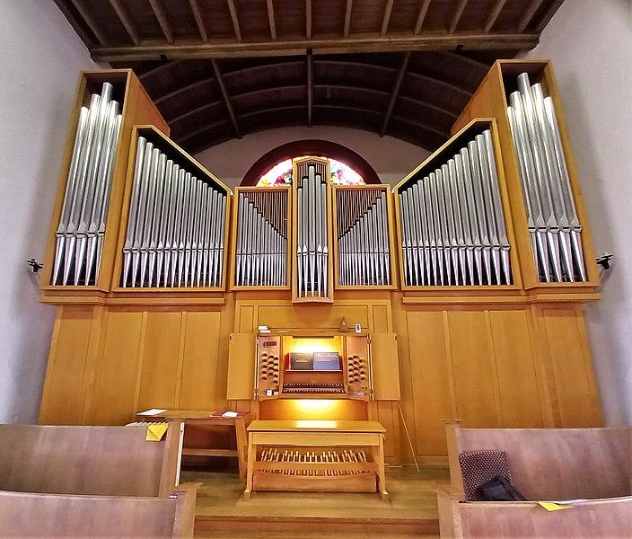 Datei:Saarbrücken-Burbach, Matthäuskirche (Ott-Orgel, Prospekt) (1).jpg