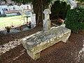 Saint-Antoine-d'Auberoche cimetière tombes.JPG