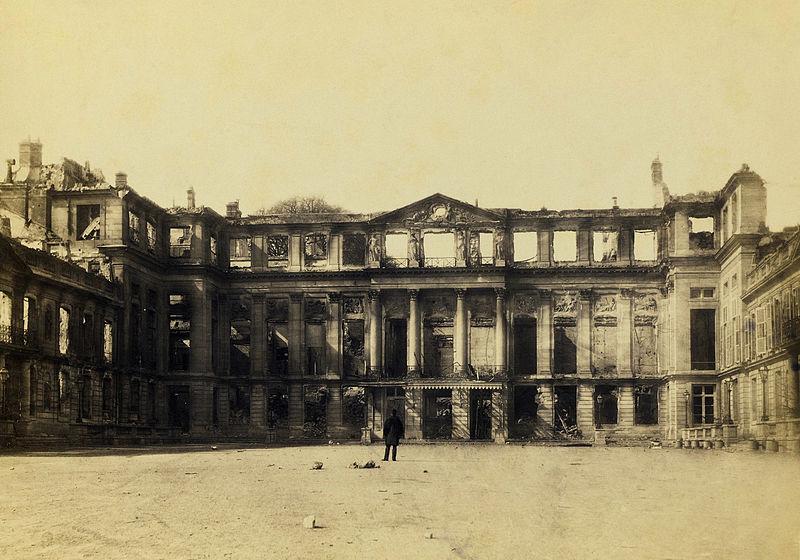 File:Saint-Cloud, château après 1870 - 2.jpg