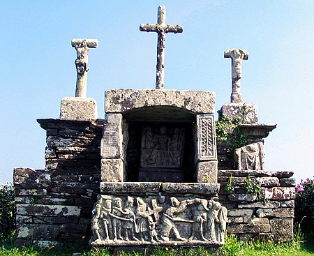 The Calvaire de Kerbreudeur. As can be seen the calvary is constructed in such a way as to create a niche in the centre and within this niche is a depiction of the resurrection and other scenes
