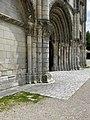 Saintes (17) Abbatiale Sainte-Marie-aux-Dames Façade occidentale 03.JPG