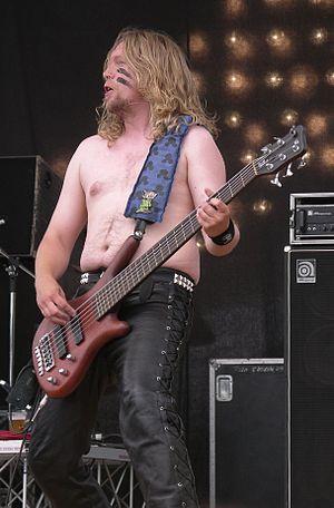 Sami Hinkka - Sami Hinkka performing during the Evolution Festival in 2006.