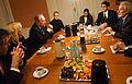 Samuel Santos utrikesminister Nicaragua Halldor Asgrimsson Nordiska ministerradets generalsekreterare Jan-Erik Enestam radsdirektor for Nordiska radet och Nordiska kulturfondens direktor Karen Bue vid ett mote i Kopenhamn 2007-11-08 (1).jpg