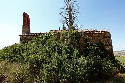 San Quirico d'Orcia, Ruin church Madonna del Riguardo