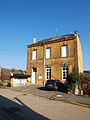 Sapogne-et-Feuchères-FR-08-école-02.jpg