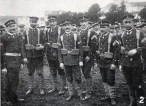 Sargentos de marinha expedicionários 15 de Maio de 1907.jpg