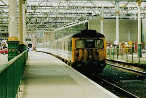 British Rail Class 305 - Class 305 unit 305501 working with ScotRail at Edinburgh Waverley in September 2001